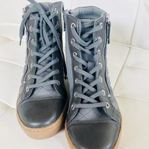 Aldo Side Zip Lace Up Quilted Wedge Gray Sneakers